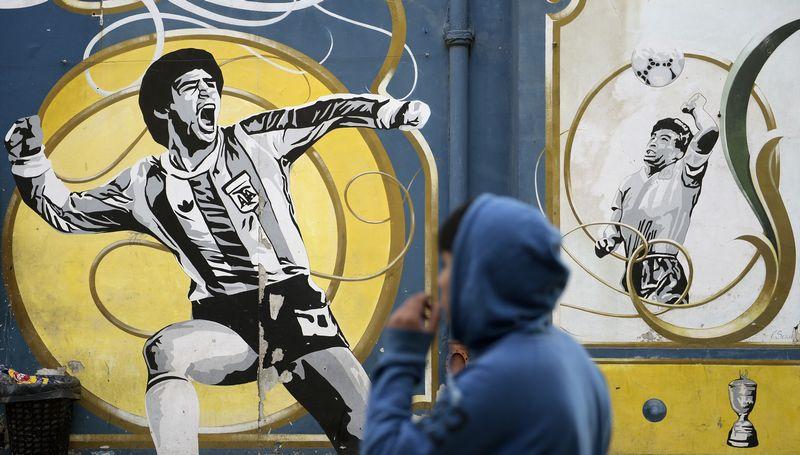 Οι θρύλοι του παγκοσμίου ποδοσφαίρου σε graffiti